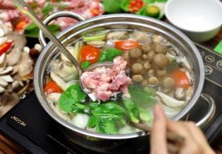 Những quán lẩu hấp dẫn cho buổi tụ tập cuối năm ở Hà Nội