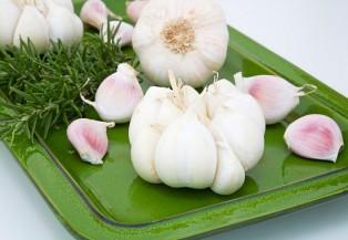 5 thực phẩm trị đau họng cho bạn