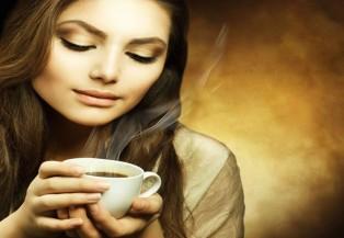 Phụ nữ không nên uống quá nhiều cà phê