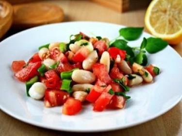 Salad cà chua quả đậu