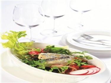Salad củ cải đỏ - Cá mòi