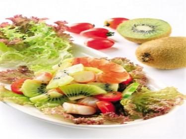 Salad kiwi tôm