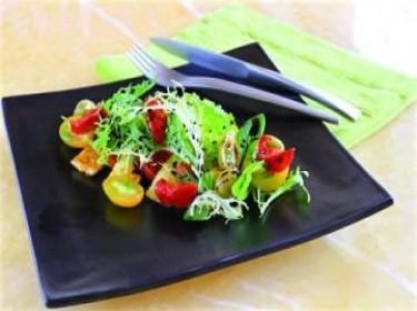 Salad phô-mai dê nướng