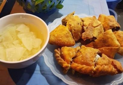 Đi tìm hàng bánh gối ngon nổi tiếng ở Hà Nội