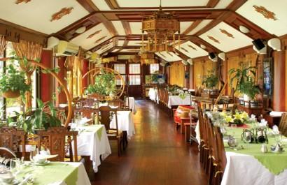 Nhà hàng Đình Làng