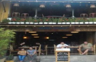 Nhà hàng Hồng Phúc