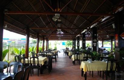 Nhà hàng Hương Rừng