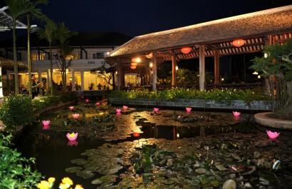 Nhà hàng Sen Tây Hồ