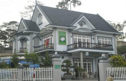Nhà hàng Từ Hạnh