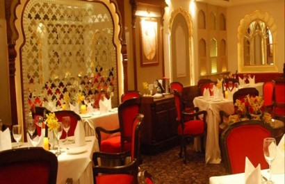 Nhà hàng Cosevco Center