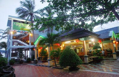 Nhà hàng Sóng Biển Xanh