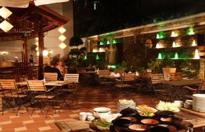 Nhà hàng Hương Việt