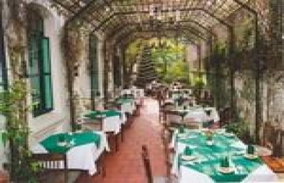 Nhà hàng Le Tonkin