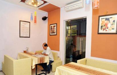 Nhà hàng Hoa Long