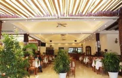 Nhà hàng 79 Hòa Bình