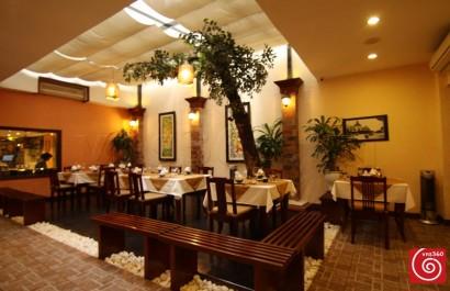 Nhà hàng Cây Cau