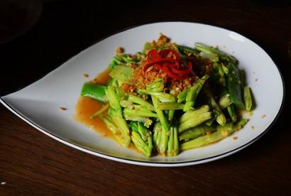 Bữa cơm 'tiến vua' độc đáo ở Sài Gòn