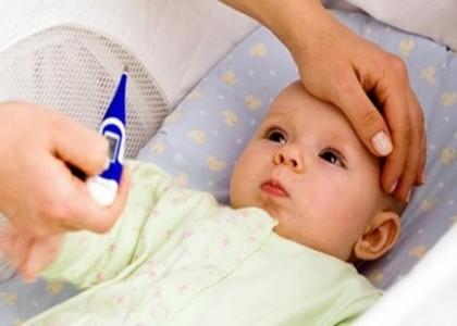 Những thực phẩm cần tránh khi trẻ bị sốt