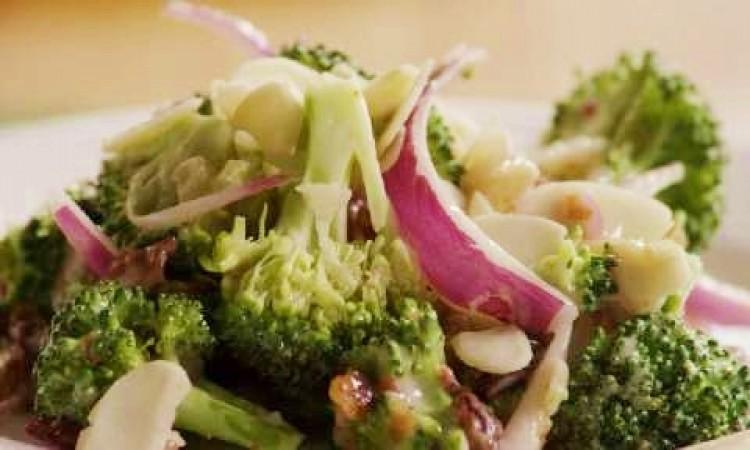 Salad súp lơ xanh