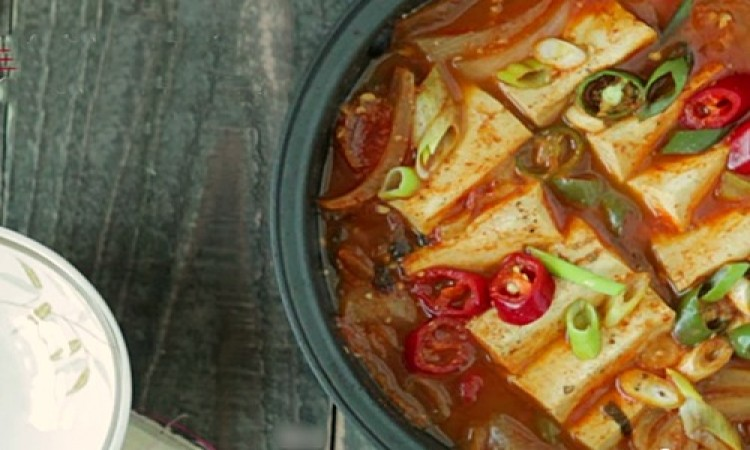Lẩu kimchi nóng hổi