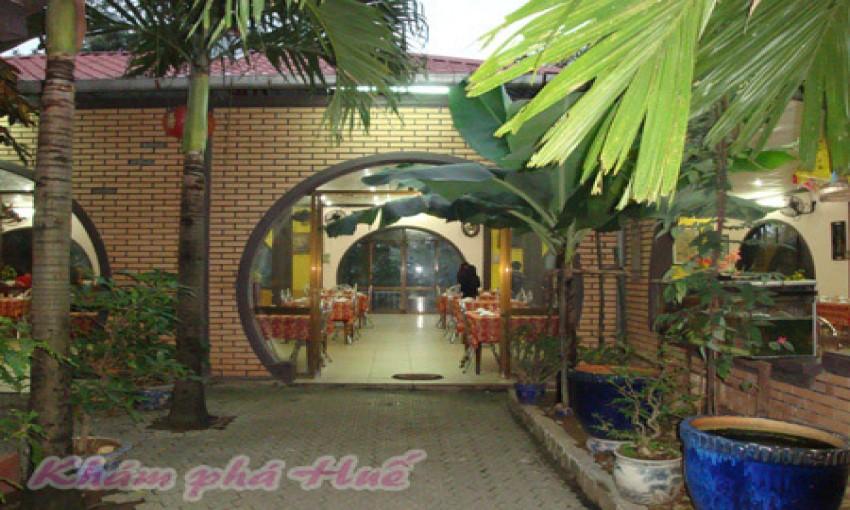 Nhà hàng Quỳnh Hương