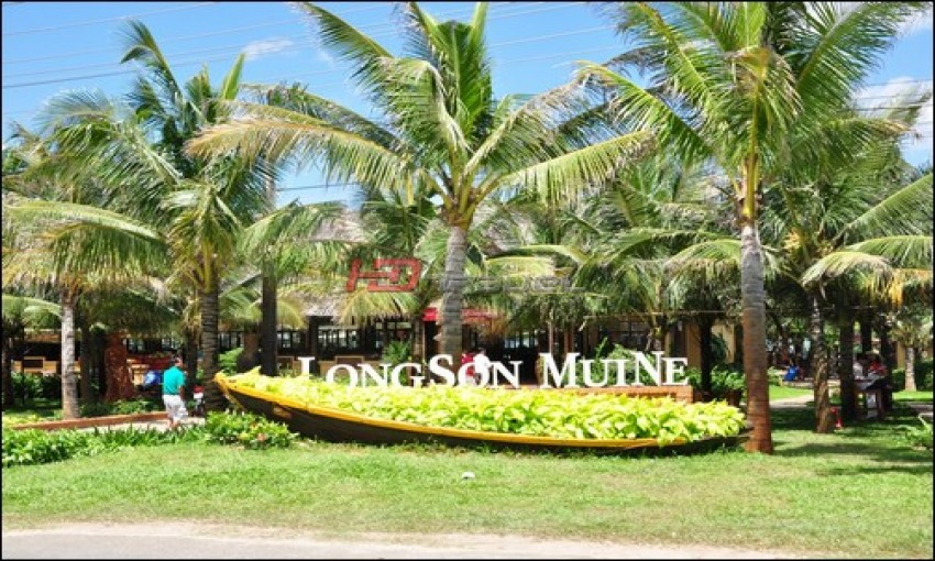 LongSon MuiNe Exotic Restaurants & Resort