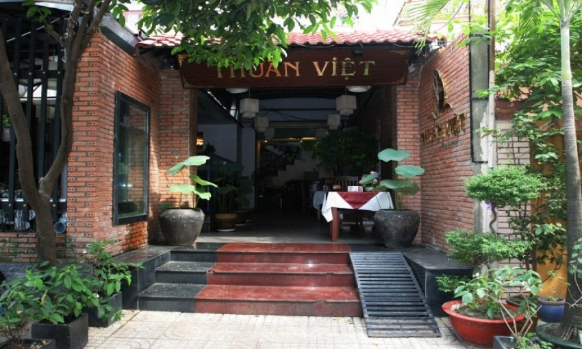 Nhà hàng Cơm Thuần Việt