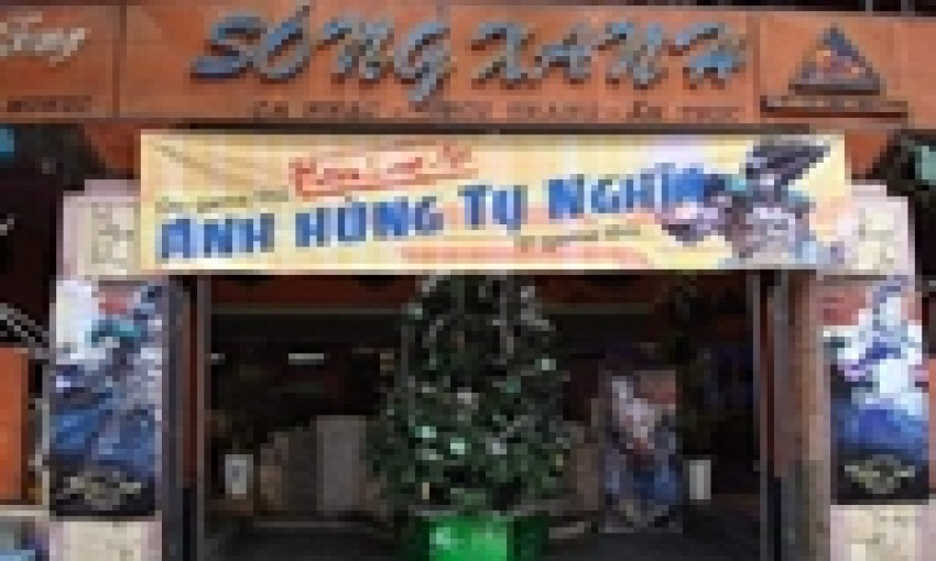 Nhà hàng Sóng Xanh