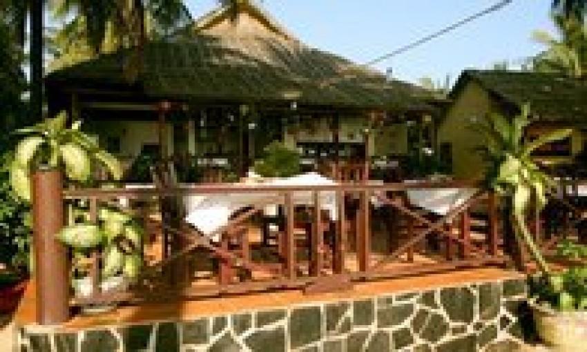 Nhà hàng Biển Hồ Xanh