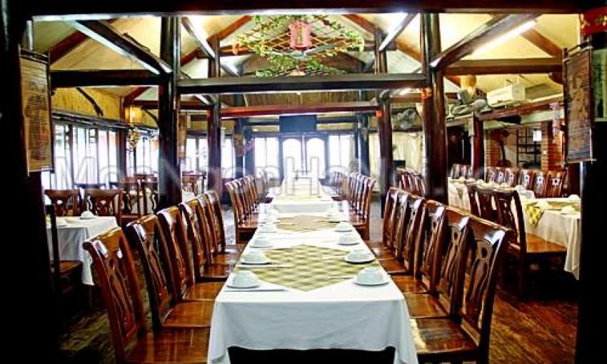 Nhà hàng Ba Mẫu Quán