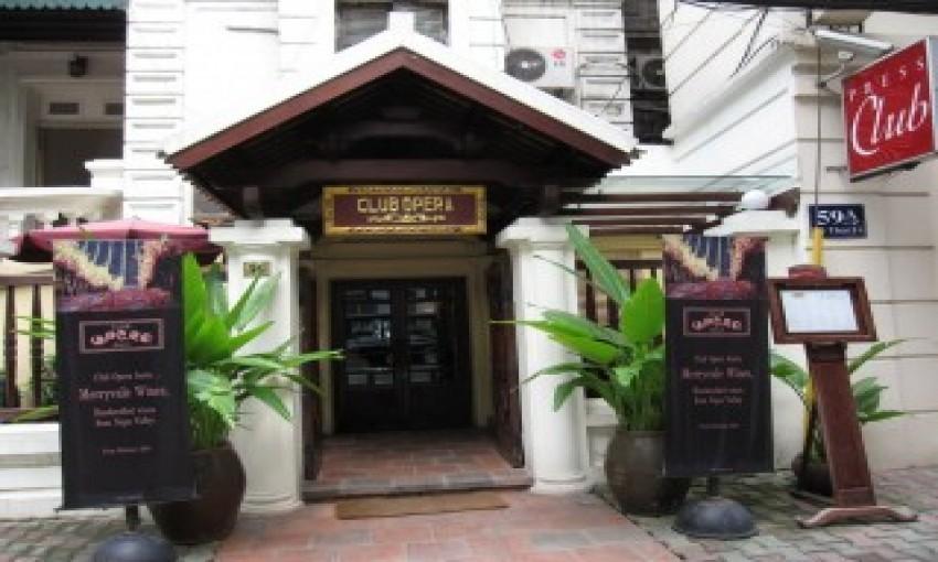 Nhà Hàng Club Opera