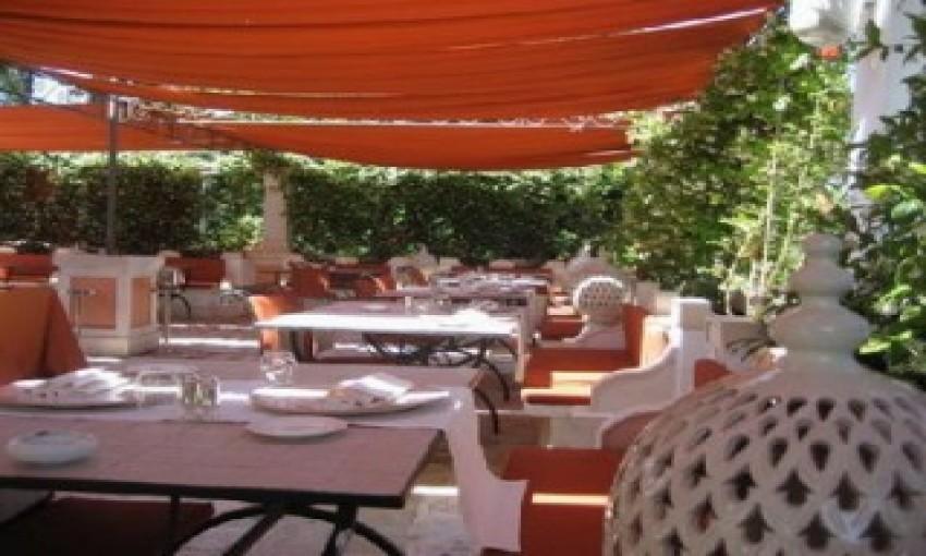 Nhà hàng Al Frescos