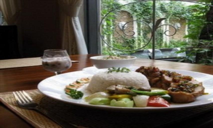 Nhà hàng làng nướng Thái