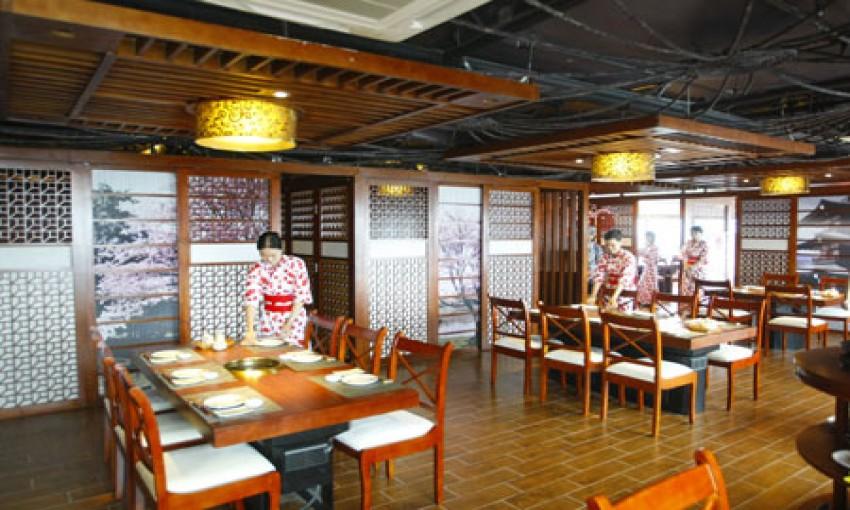 Nhà hàng Ngọc Mai Đỏ và Akari Sun