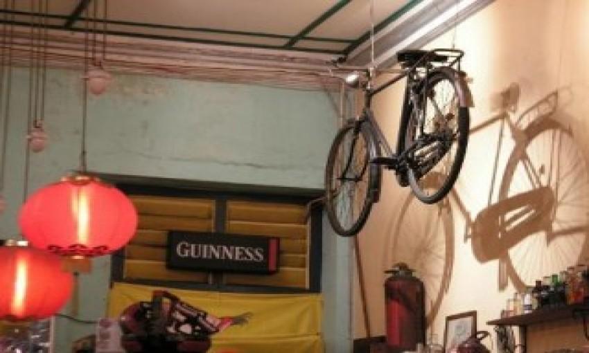 Cafe Bar Bicycle