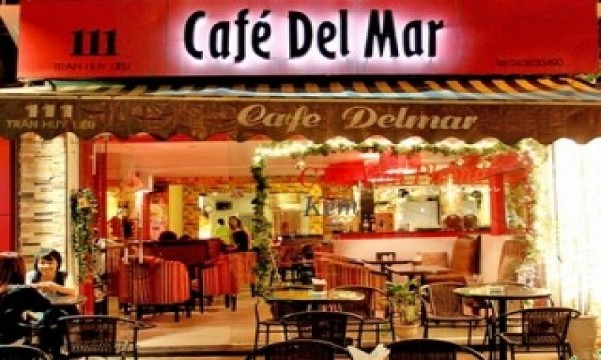 Cafe Delmar