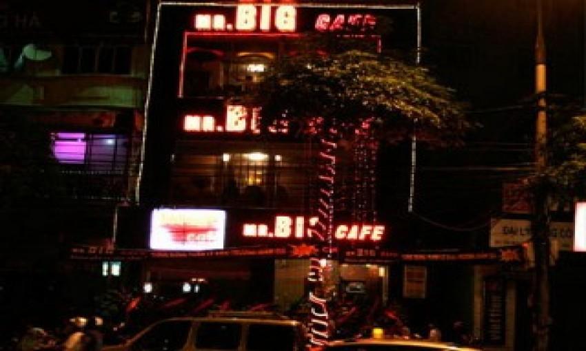 Mr Big cafe