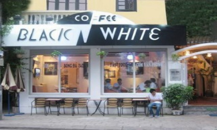 Cafe Black and White