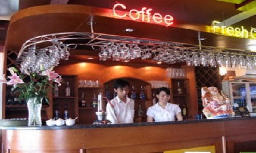 Cafe Hitech