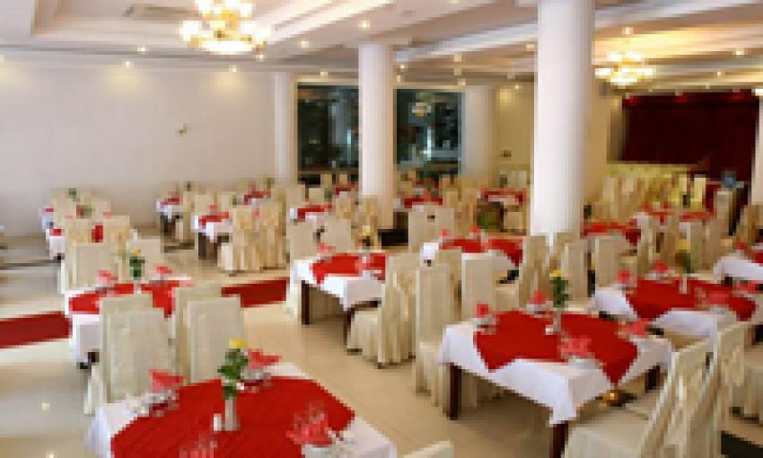 Nhà hàng khách sạn Hùng Vương
