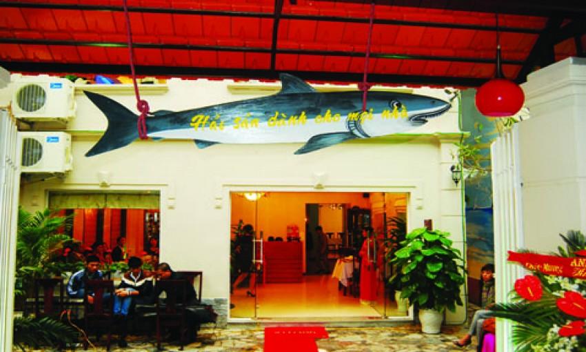 Nhà hàng Hải sản Hồ Trung Kính