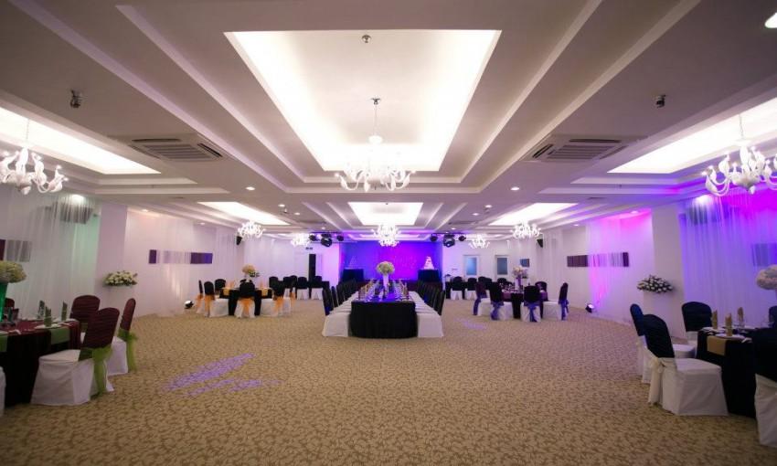 Nhà hàng forever wedding