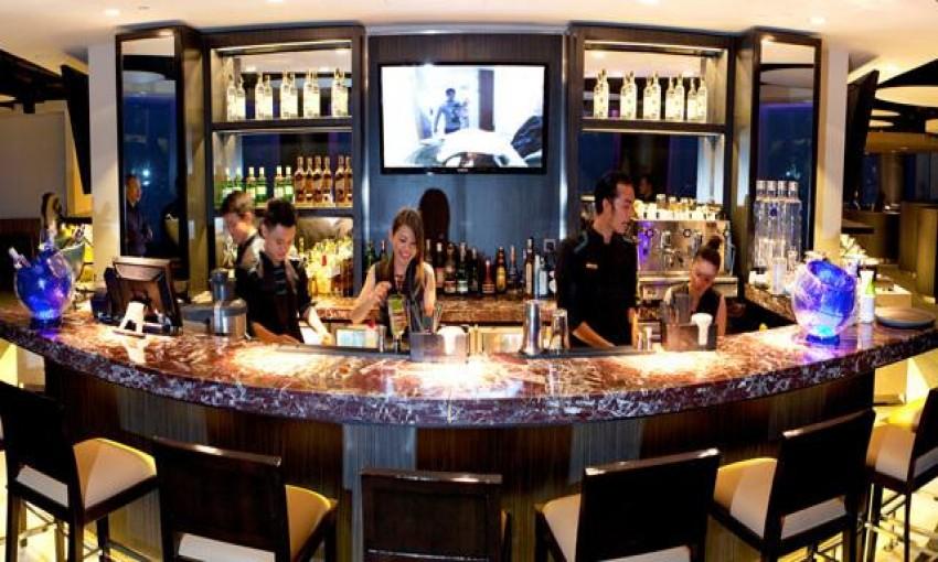 Nhà hàng Strata