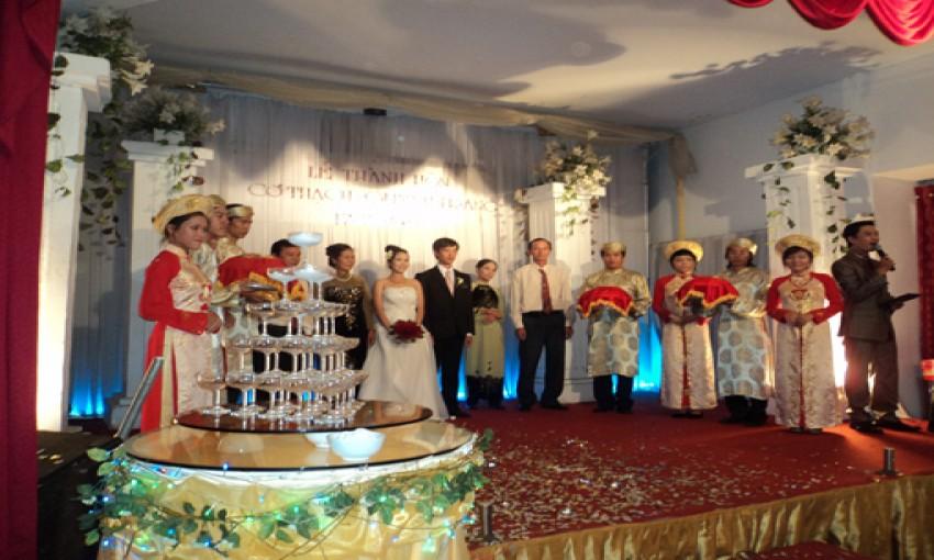 Nhà hàng tiệc cưới Quốc Việt