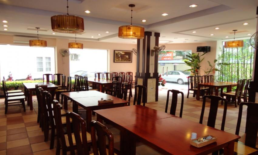 Nhà hàng chả cá Đông Đô