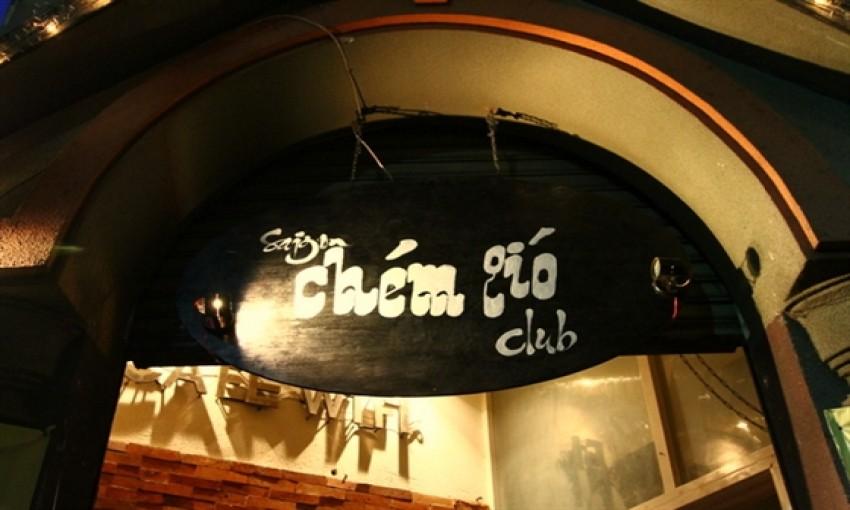 Quán cafe Sài Gòn Chém Gió Club