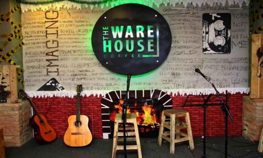 Quán cafe The Warehouse