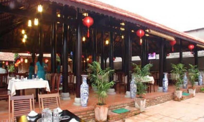 Nhà hàng Mộc Thạch