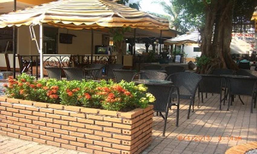 Nhà hàng Café-Tuyết