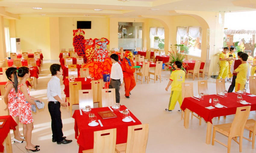 Nhà hàng hải sản Đại Phú
